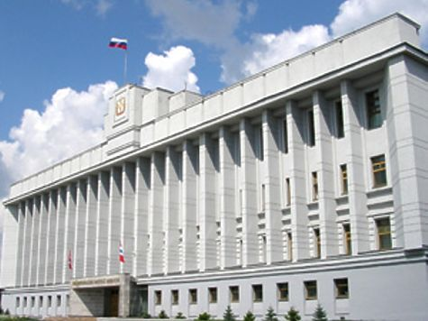 Уехавший на Украинское государство общественник шантажировал омского губернатора