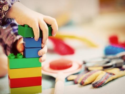 Из-за отравления детей вОмске проверили детсад