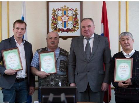 Лучший многодетный отец Омской области получил млн руб.