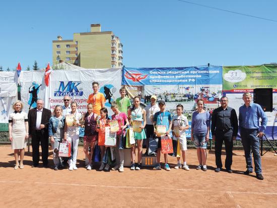 Омичи завоевали все призовые места Всероссийского теннисного турнира