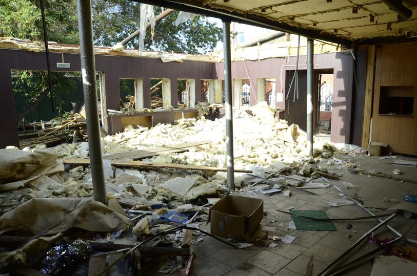 ВОмске решением суда снесли кафе площадью неменее 150 квадратов