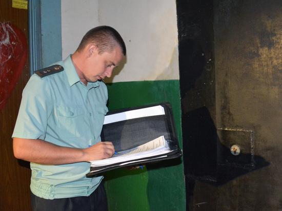У омских должников забирают имущество из-за неоплаченных квитанций за воду
