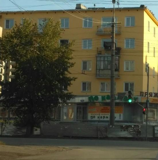Для омских школьников установили новые пешеходные переходы