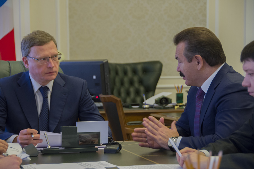 Александр Бурков побывал настроительстве хоккейной академии «Авангард»