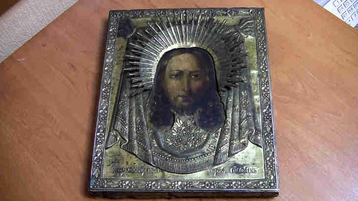 Омские полицейские отыскали похищенную икону XIX века