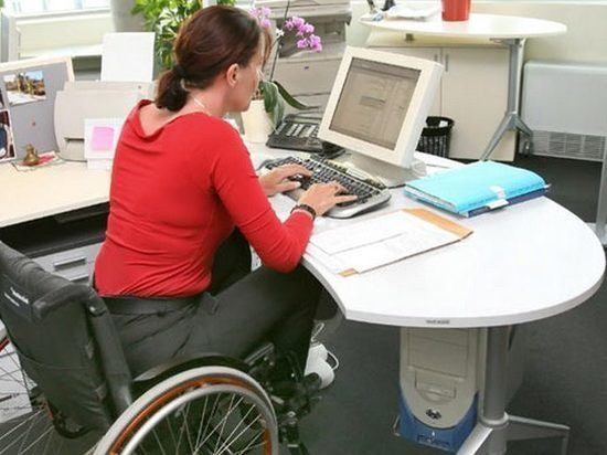 Как инвалиды устраиваются на работу в Омске